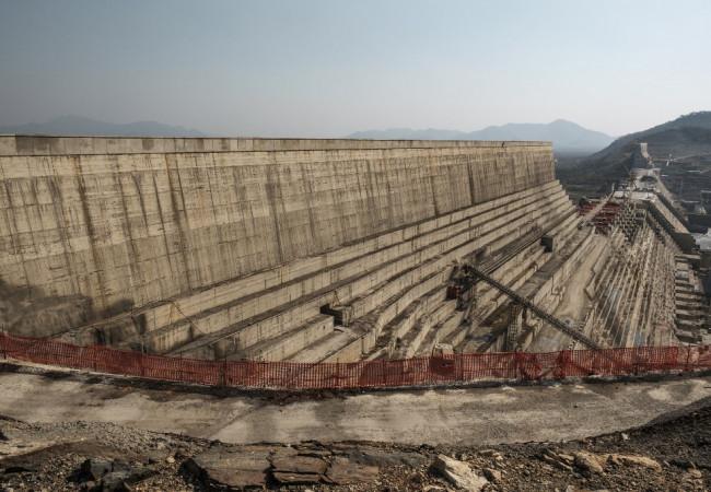 الإثيوبيون ملتفون حول سد النهضة