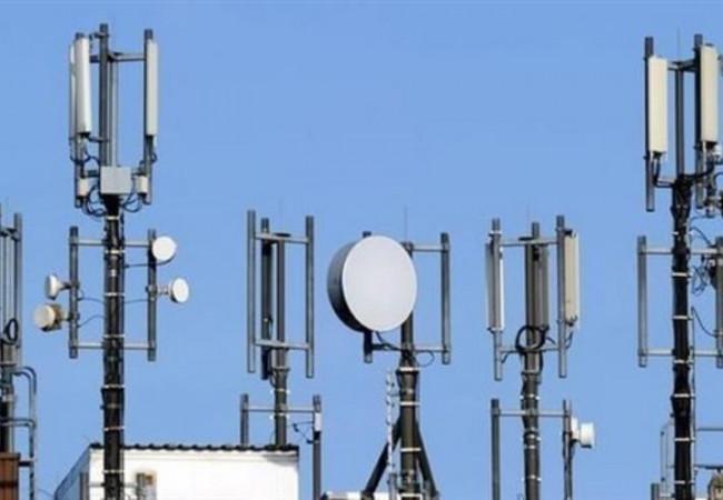 الاتصالات تعد بتحسين خدمة الانترنت وتخفيض الأسعار قريبا
