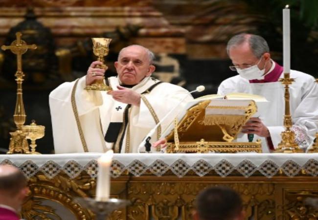 البابا يعلن تخصيص سنة للعائلة