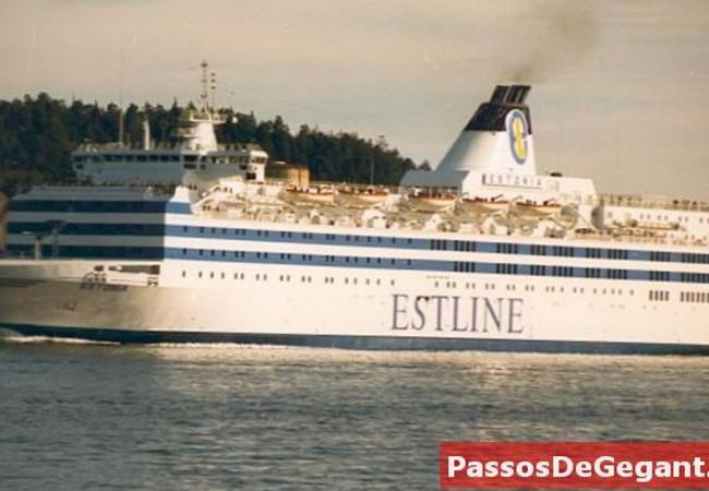 """بعد 26 عاماً على غرقها.. السويد تجيز كشفاً جديداً على حطام السفينة """"إستونيا"""""""