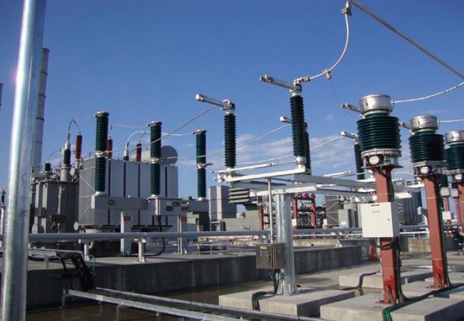 تعاون ثنائي بين الكهرباء والنفط لزيادة ساعات التجهيز
