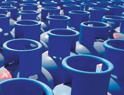 «أدنوك» تحصر بيع أسطوانات الغاز ببطاقات «رحّال»