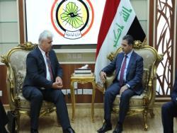 وزير الداخلية يناقش الإمكانات الأوكرانية لتسليح الشرطة العراقية