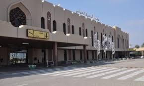 وزير النقل: مطار البصرة سيكون ممرا جويا مهما