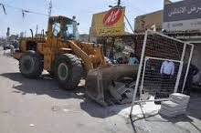 استمرار حملة رفع التجاوزات في البصرة.. والنصراوي يعد الباعة بسوق حضاري