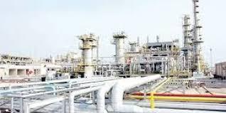 وزارتا الصناعة والنفط تبحثان التعاون في توفير الغاز للمشاريع الصناعية