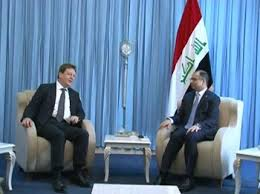 الجبوري للسفير البريطاني: على المجتمع الدولي المساهمة بإعمار المناطق واغاثة النازحين