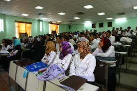 نائبة عن المواطن تطالب بضرورة توسيع القبول للطلبة في المجموعة الطبية