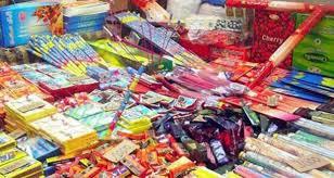 وزيرة الصحة تطالب الداخلية بمنع بيع الالعاب النارية في الاسواق المحلية