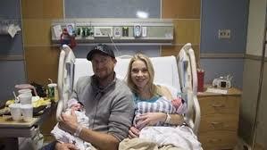 ولادة 4 توائم في عامين مختلفين