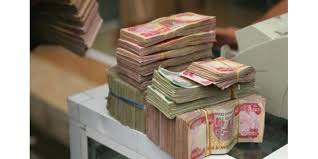 مجلس الوزراء يصرف 100 الف دينار عيدية لكل أسرة تحت خط الفقر