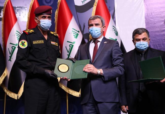وزارة النفط تحتفي بتكريم قادة جهاز مكافحة الارهاب و (300) من عوائل الشهداء