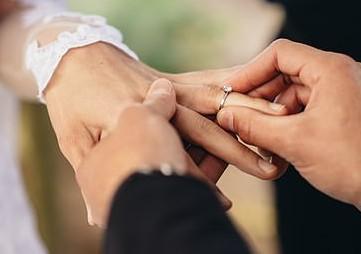 قواعد جديدة لحفلات الزفاف في بريطانيا