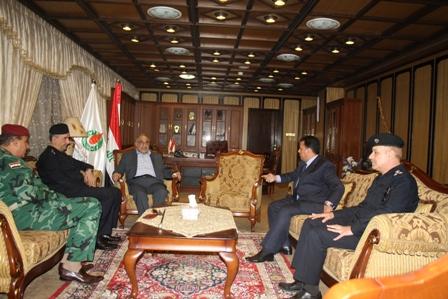 السيد عادل عبد المهدي يبحث مع الوكيل الامني للداخلية آلية حماية ومراقبة الحقول النفطية