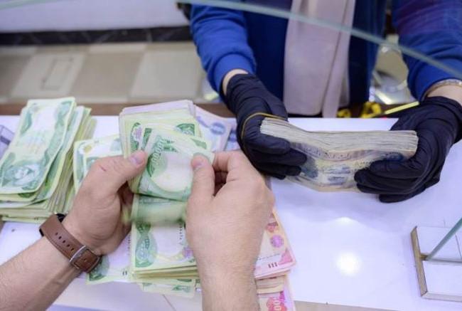 وزير الزراعة يعلن تخصيص 483 مليار دينار كمستحقات للفلاحين