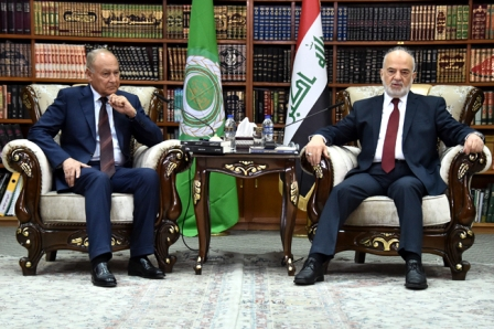 الجعفري: العراق يعمل بجهد مع اخوانه العرب لتخفيف بؤر التوتر وحل مشاكل المنطقة