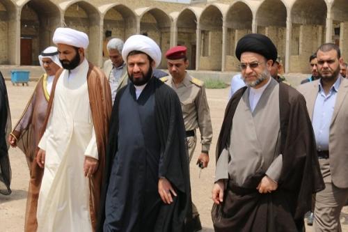 رئيس ديوان الوقف الشيعي يزور مرقد الصحابي الجليل سلمان المحمدي(رضوان الله عليه)