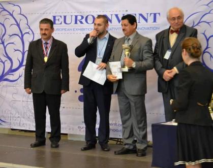 تدريسي في جامعة بغداد يحصل على المركز الاول في معرض الاختراعات الاوربي في رومانيا
