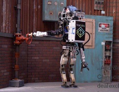ال»روبوت».. واقع يفرض نفسه على كل المجالات