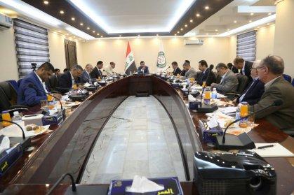 هيئة الرأي خلال اجتماعها الاستثنائي : حقوق الموظف ومخصصاته في اولوية موازنة العام القادم