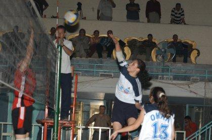 فريق الكرة الطائرة ابتدائي للبنات يفوز بالمركز الأول في بطولة كأس الوزير