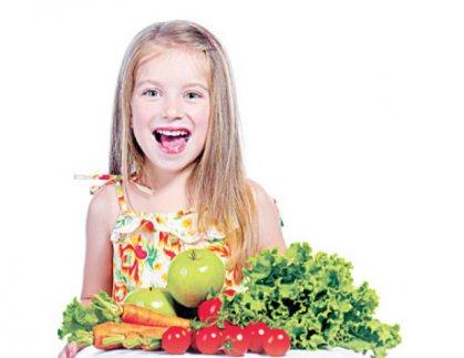 حافظ على سلامة غذاء طفلـك قــبل الدراســة