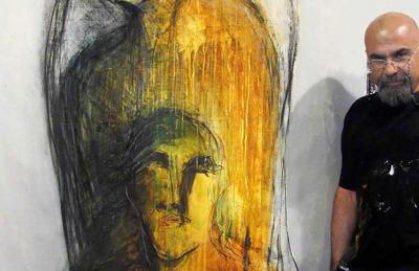 التشكيلي العراقي آرام علي: لا يمكن التعبير عن حياتنا إلا بالأسود