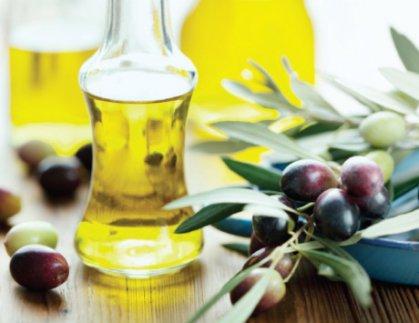 زيت الزيتون يسهم في خفض السكر والكوليسترول