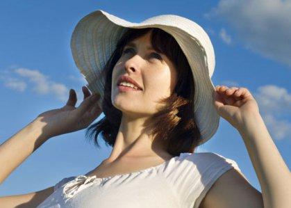 الملابس الفاتحة والسوائل تحمي من فقدان الوعي جراء الحرارة المرتفعة