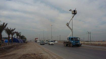كهرباء الكرخ تباشر باعمال صيانة شبكة إنارة الطرق التي يسلكلها زوار الاربعينية