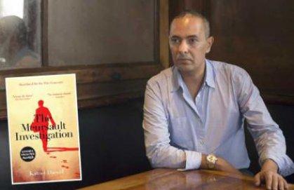 كمال داود يعيد كتابة رواية «الغريب» من اليمين إلى اليسار