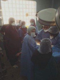 فريق طبي ينجح برفع عقد ليفية كبيرة من مريضة في واسط