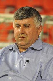 رئيس أتحاد الكرة يشيد بجهود وزارة الشباب والرياضة في انجاح الموسم الكروي
