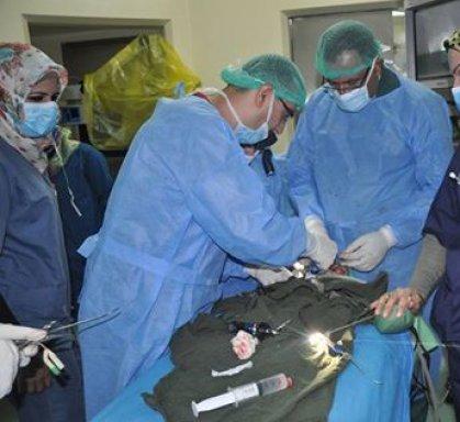 نجاح عملية جراحية كبرى لرضيع يعاني انسداد فتحتي الأنف في بغداد