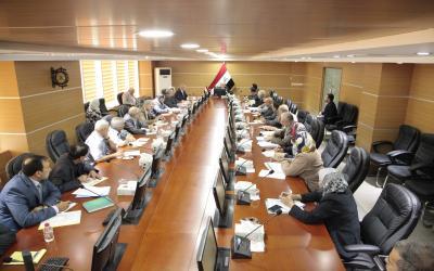 وزير النقل  يترأس الاجتماع الخاص بأعمال قطاع النقل البري