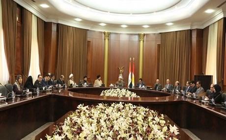 وفد التحالف الوطني برئاسة السيد الحكيم الى اربيل لاجراء مباحثات مع المسؤولين في حكومة الاقليم