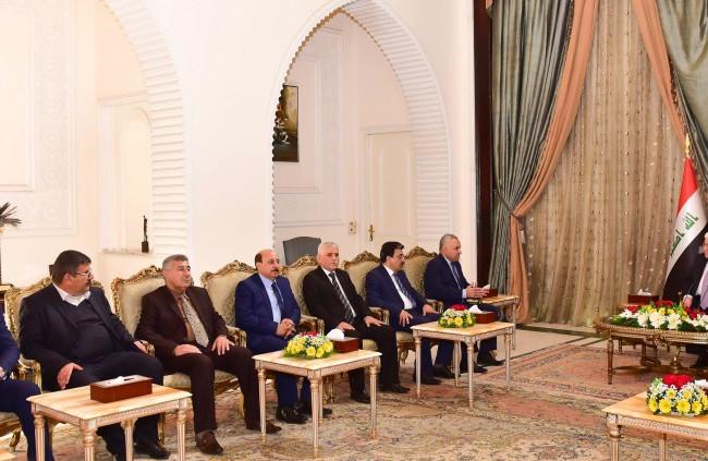 معصوم يؤكد سعيه والحكومة الى تلبية مطالب أبناء خانقين في الميادين كافة