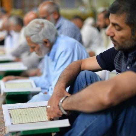 بالصور: الختمة القرآنية الرمضانية المرتلة من کربلاء المقدسة