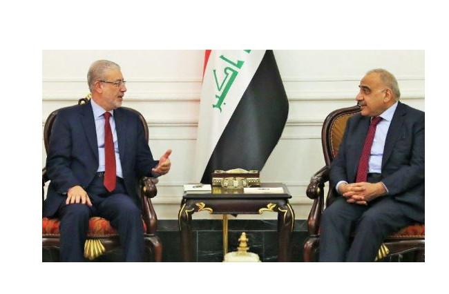 رئيس الوزراء يبحث مع نائب رئيس البرلمان التطورات السياسية والأمنية والعلاقة بين المركز والاقليم