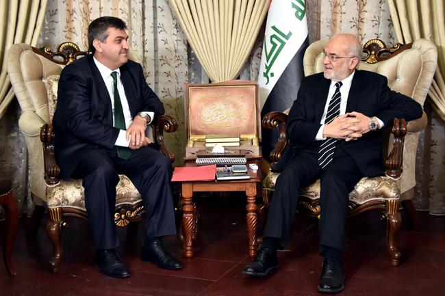 الجعفريّ  يستقبل سفير تركيا في العراق