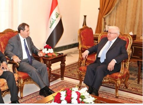 رئيس الجمهورية يستعرض مع السفير الامريكي المستجدات السياسية والمصالح المشتركة