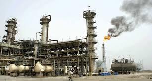 ارتفاع طفيف في اسعار النفط ليصل الى 65 دولارا للبرميل