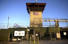 واشنطن تدرس استبدال غوانتانامو بسجنين عسكريين