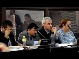 غواتيمالا تمهد لرفع الحصانة عن الرئيس
