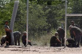المجر تنهي بناء سياج حدودي لمنع المهاجرين من دخولها