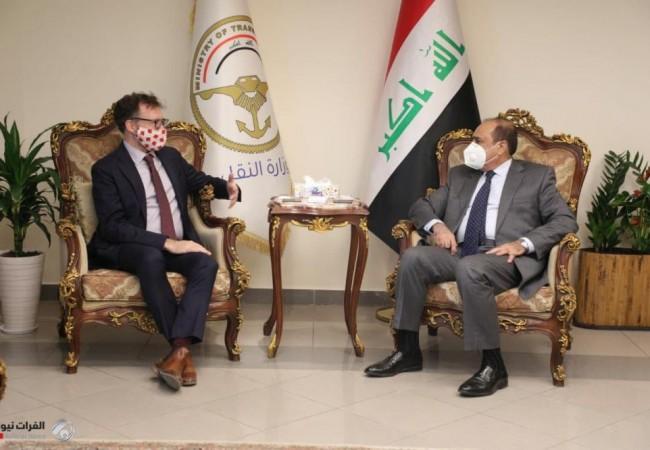 العراق وكندا يبحثان تطوير قطاعي الطيران والسكك