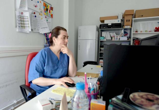 تونسيون يطورون برنامج ذكاء اصطناعي يرصد أعراض كوفيد – 19